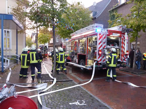 FeuerwehrEinsatz2012b