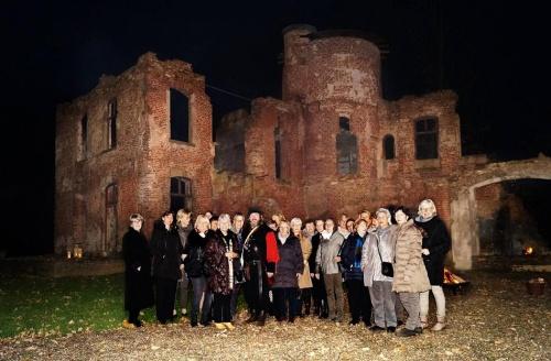 Empel: Nachtführung durch die Burg
