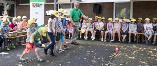 Rees: Gelbe Kappen für die i-Dötzchen