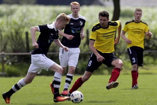 Lokalsport: 1. FC Heelden ist nur krasser Außenseiter