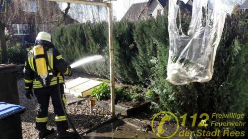 Feuerwehr Rees – Heckenbrand