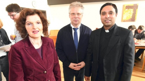 Karin Beyer lobte das große Engagement der Millinger | NRZ.de | Emmerich Rees Isselburg