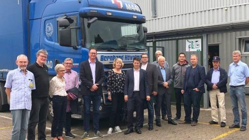 Bernd Reuther (MdB) besuchte blauen Hövelmann in Millingen | nrz.de | Emmerich Rees Isselburg