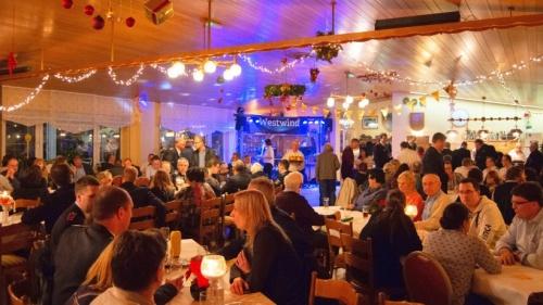 250 Gäste beim Neujahrsfest des Millinger Löschzugs | nrz.de | Emmerich Rees Isselburg