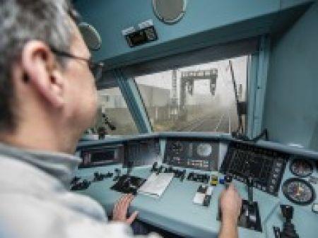 Kein Gleis bleibt im Bett – die Baustelle Betuwe rollt an - | NRZ.de