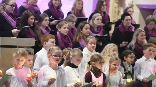 Stimmungsvolles Konzert in Millinger St. Quirinus Kirche | NRZ.de | Emmerich Rees Isselburg