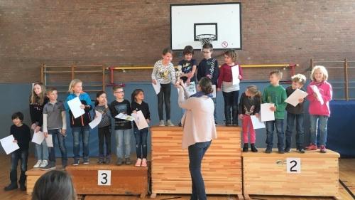 Vorlese-Wettbewerb in Millingen: Elisa van Tilburg siegt | nrz.de | Emmerich Rees Isselburg
