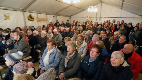 Rees: Premiere des Adventssingens in Millingen ist gelungen | nrz.de | Emmerich Rees Isselburg